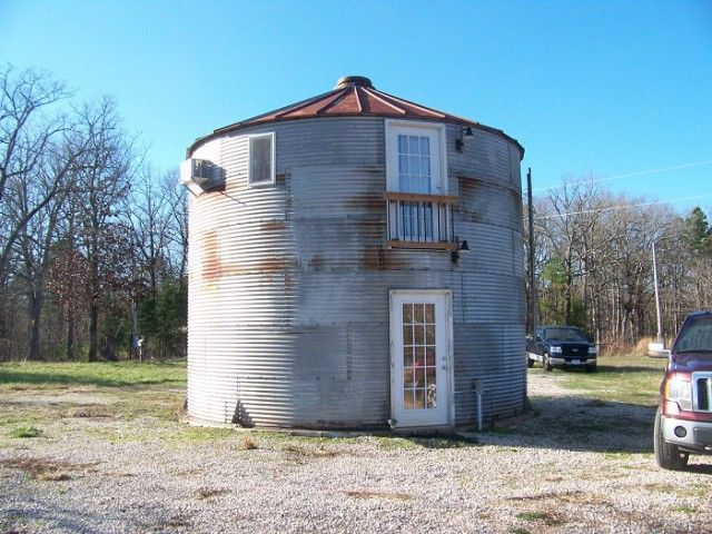 17 best ideas about grain bins for sale on pinterest for Silo house kit