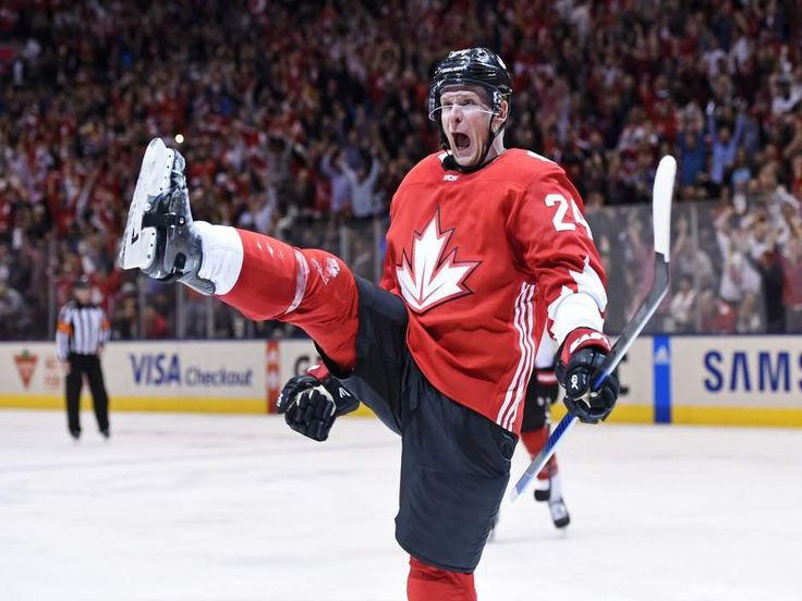 Canada pots four straight goals pulls away from Russia to clinch spot in World Cup of Hockey final