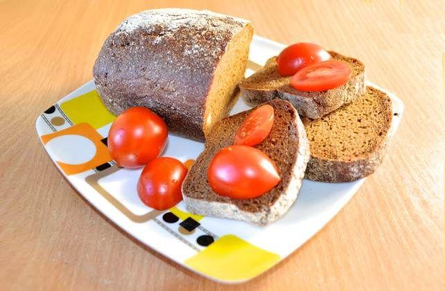 Данный рецепт представлен для приверженцев вегетарианского питания и хочет всегда оставаться здоровым. Все дело в том, что вегетарианский хлеб просто приготовить без яиц и молока