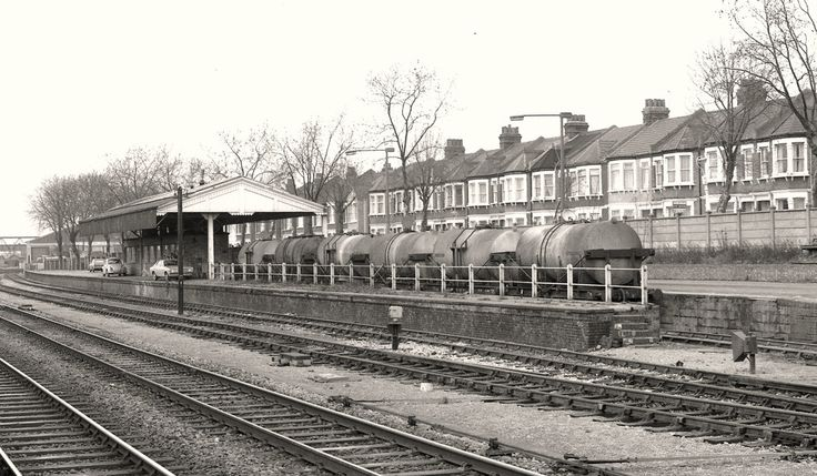 West Ealing milk train