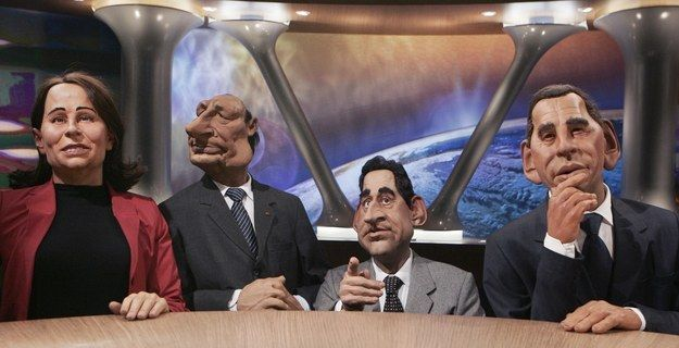 Le Parisien a révélé le 25 juillet 2015 que Lionel Dutemple, Julien Hervé, Philippe Mechelen et Benjamin Morgaine, les 4 auteurs historiques des Guignols, avaient été virés. | La lettre de résiliation coup de gueule à Canal   après le départ des auteurs des Guignols - BuzzFeed News