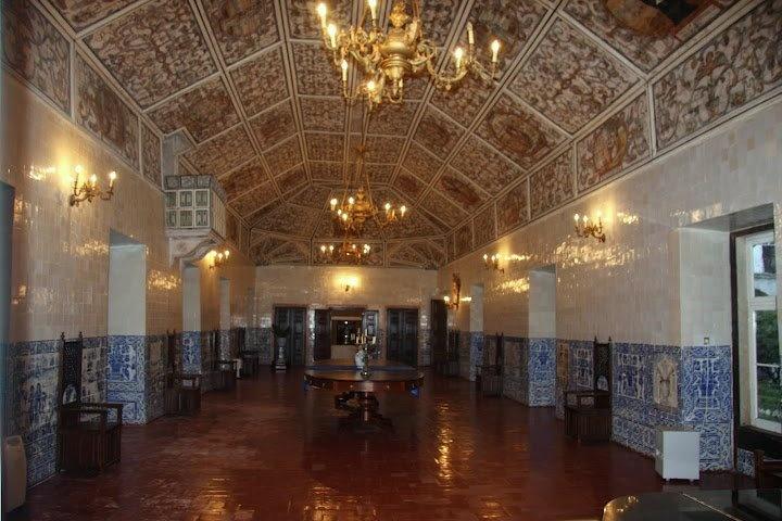 Sala do tecto bonito