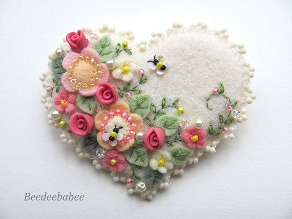 Felt Heart Brooch / Felt Heart Pin