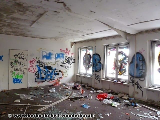 Verlassene Gebäude in Kurt-Schumacher-Damm