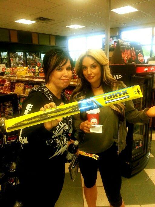 Vickie Guerrero & Kaitlyn .. Miss u girlys
