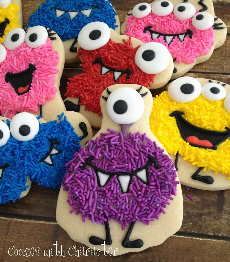 Cute for kids and Halloween: How to make  Sprinkle Monster Cookies (Cookies with Character via SugarEd Productions).