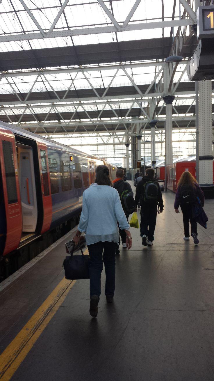 Viajar en tren en Inglaterra: Estación Waterloo, Londres #londres #waterloo #trenes #viajes #ferrocarril #inglaterra