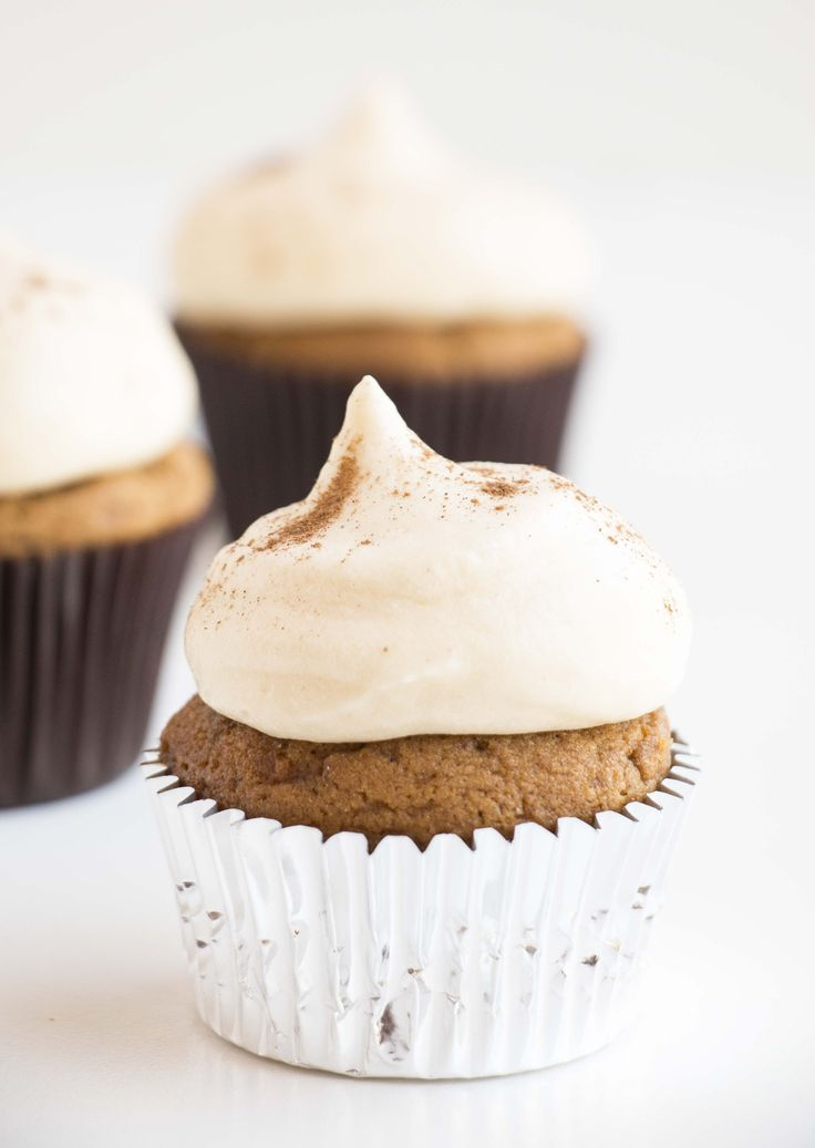 cream cheese frosting fluffy gingerbread cupcakes with cream cheese ...