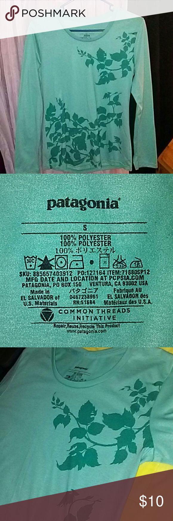 Patagonia shirt Aqua with floral detail Patagonia Tops Tees - Long Sleeve