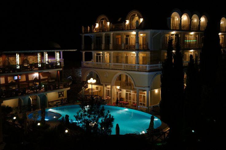 Летние ночи в отеле Александрия, п.Кацивели.