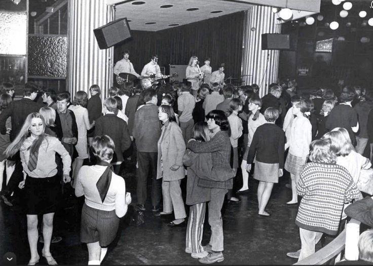 Dansetten i Tivoli 1968 The  Scarlets spillede op til dans.