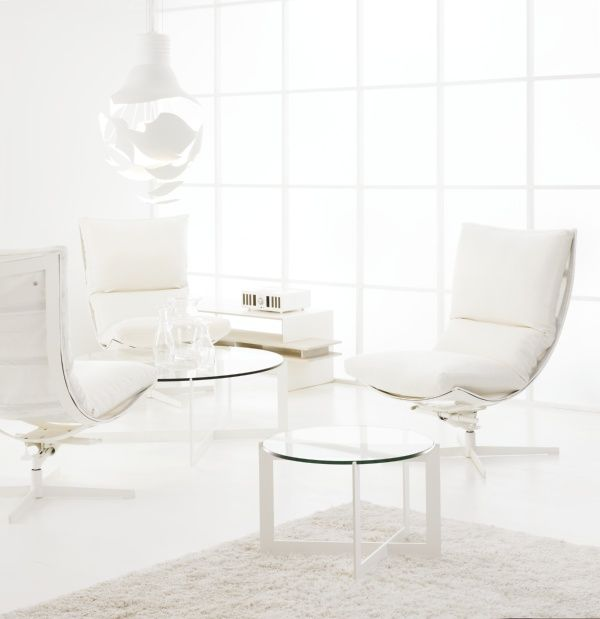Inspired by sailing, using sailcloth - the Spinnaker is a contemporary and easy chair!