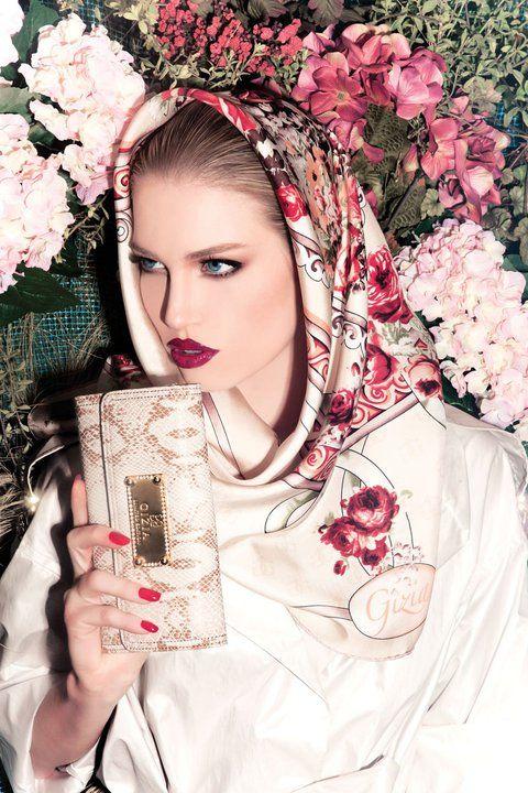 www.fashionwithus.com wp-content uploads 2011 05 Gizia-scarf-Fashionwithus18.jpg