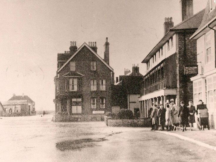 Steyne Road, near the Wellington Pub ( From Seaford Museum )