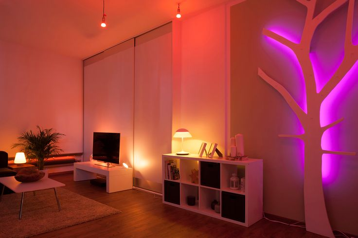 Aranżowanie salonu światłem.#design #salon #interior #LED #Philips #Showroom #Duchnicka #PhilipsLighting #PoznajHue