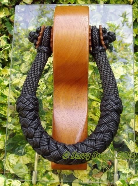Barry Brown. Rope & Canvas Craftsman, and Net Maker. http://ropeandcanvas.blogspot.com/p/chest-beckets.html