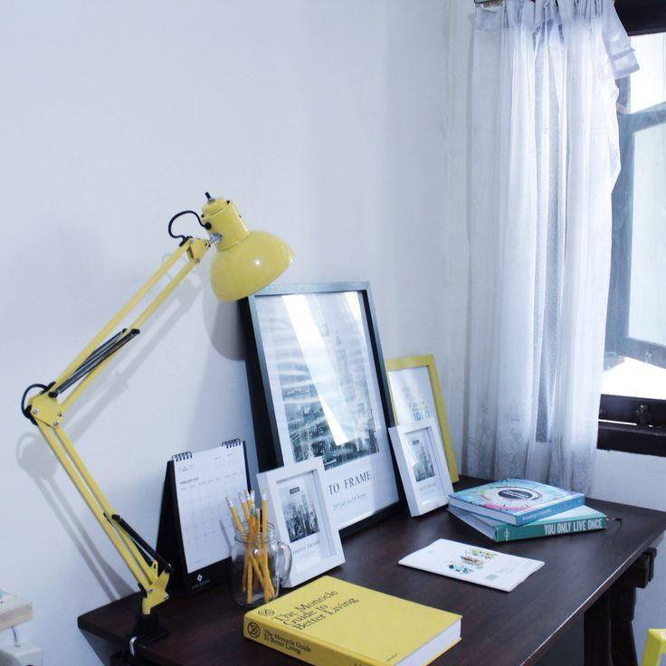 Yellow workdesk