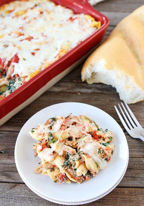 Запеченная паста с рикоттой и шпинатом