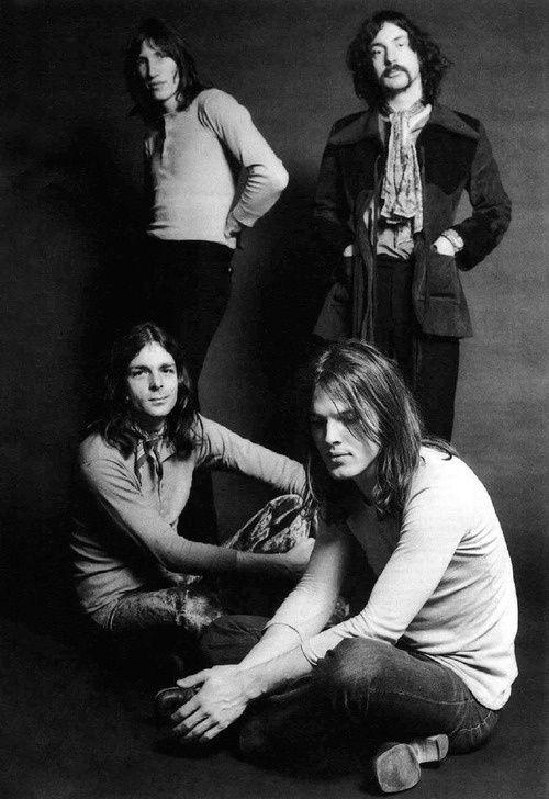 Pink Floyd - Roger Waters, Richard Wright, David Gilmore, Nick Mason