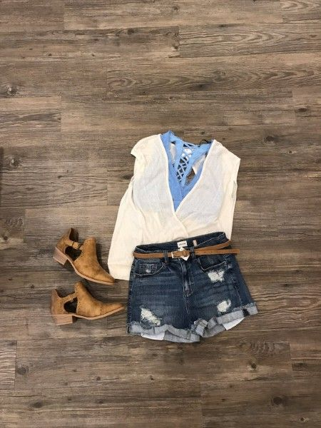 Who saw the weather forecast for Saturday?!! This is the perfect time to grab your fav #justusa denim shorts! Annddd this top is double trouble with a low V in front and back to show-off this seasons lace bralettes! #apricotlaneaugusta #shopalb #augustamall