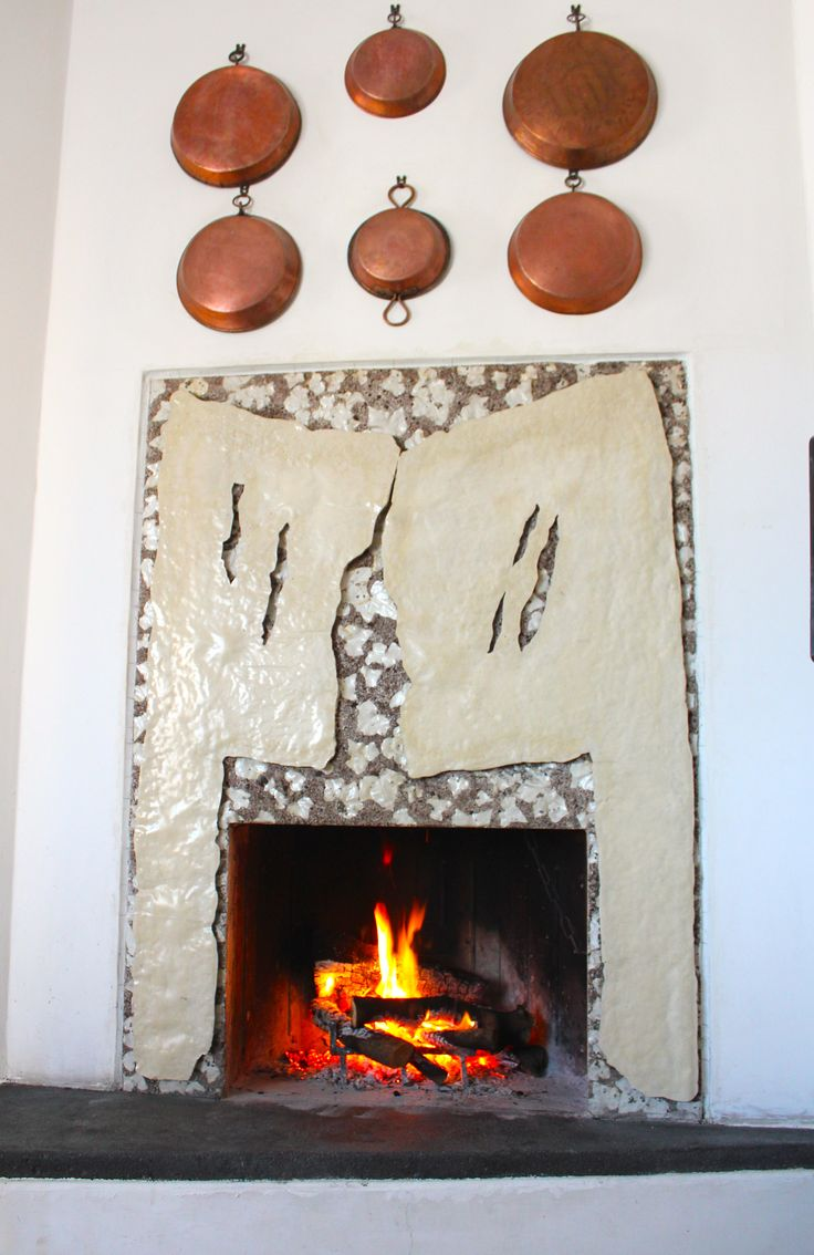 Camino / Fireplace / Cheminée #EmblemaOpificio #deco #art #interior #design #casa #interni #decorazione #home #maison #Emblema #Opificio