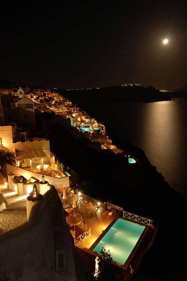 Full moon in Santorini. Perfect!!!