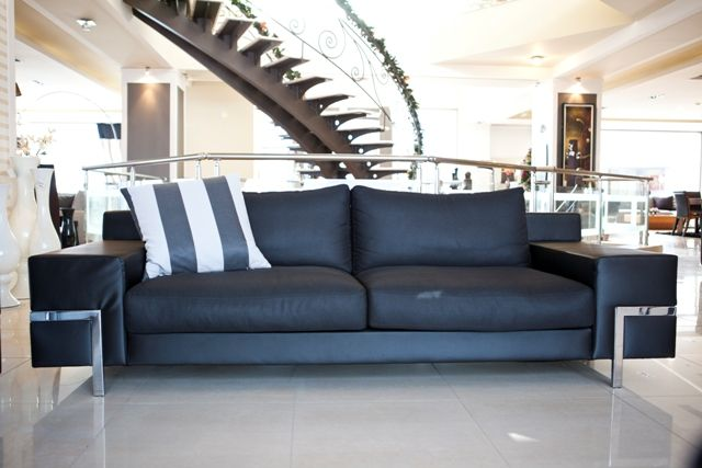 Black and white, stripes, black leather. Is there anything left to compliment the most luxurious living room? Discover the look of aesthetics in www.kazakidis.gr