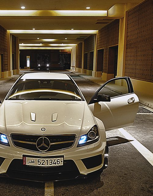 fuckyeahthebetterlife:    C63 AMG Black Series