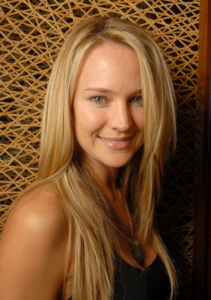 Sharon Case nudes (48 images) Ass, iCloud, cleavage