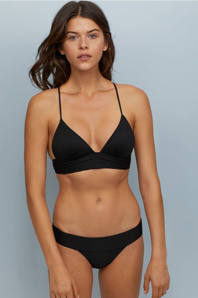 0fe02ca9b08d3 H&M Push-up Triangle Bikini Top - Black in 2019 | Glam | Bikini tops ...