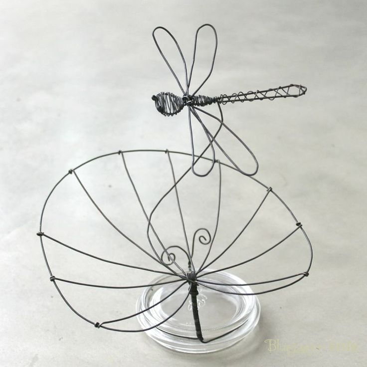 263 best wire art - insects images on Pinterest | Iron, Wire ...