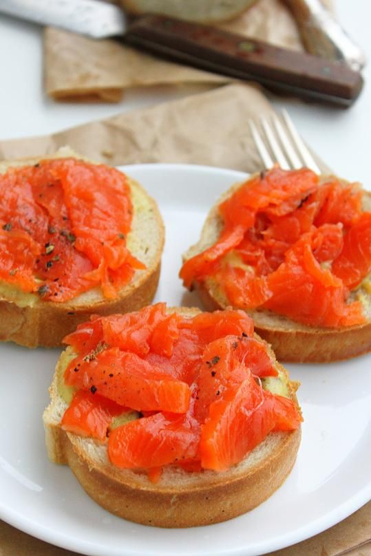 Gravlaks-Gravlaks is really easy to make. All you need is some sugar, salt, dill – or in my case, juniper berries – and a salmon fillet. All you need is a slice of white bread, some gravlaks and a tablespoon of mustard sauce..yummy open face sandwich.