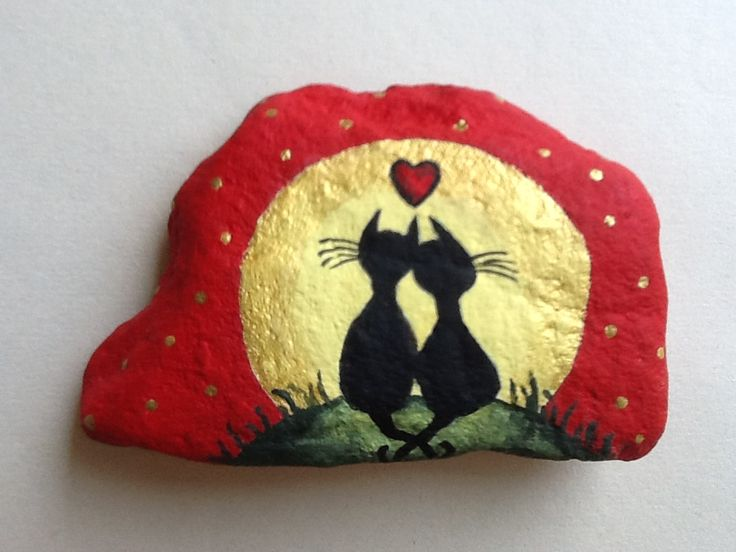 Hand painted rock - Cat Love by Phyllis Plassmeyer  -  2013