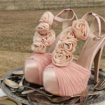bouquet heels!