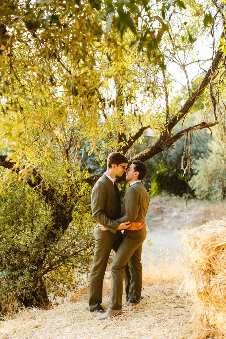 http://casadelaila.es/outdoor-summer-wedding-spain | same sex wedding | photography © Andreas Holm andreasholm.com #same_sex_marriage #gay_marriage