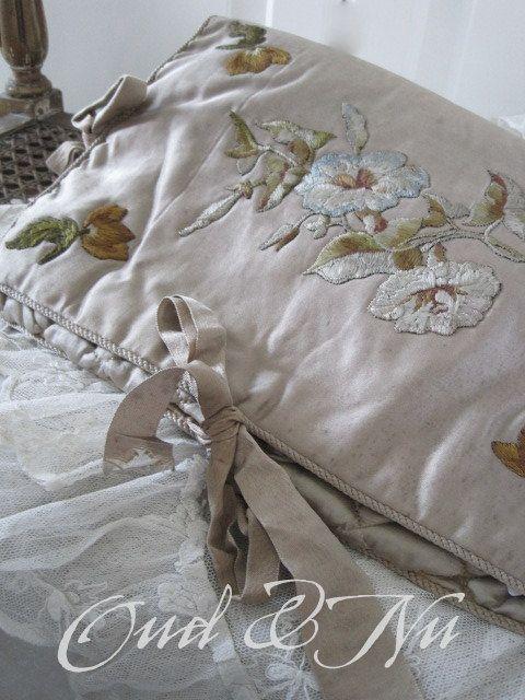 107 best shabby chic fabrics wallpaper stoffe. Black Bedroom Furniture Sets. Home Design Ideas