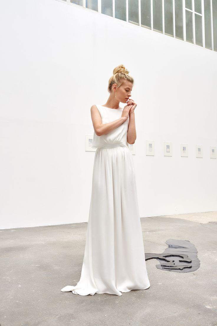 A découvrir sur le blog mariage www.lamarieeauxpiedsnus.com - Camille Marguet…