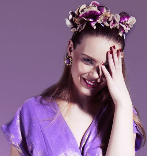 We love the way our octarine statement studs looks with the metallic purple antrim V Label London dress! Yum!
