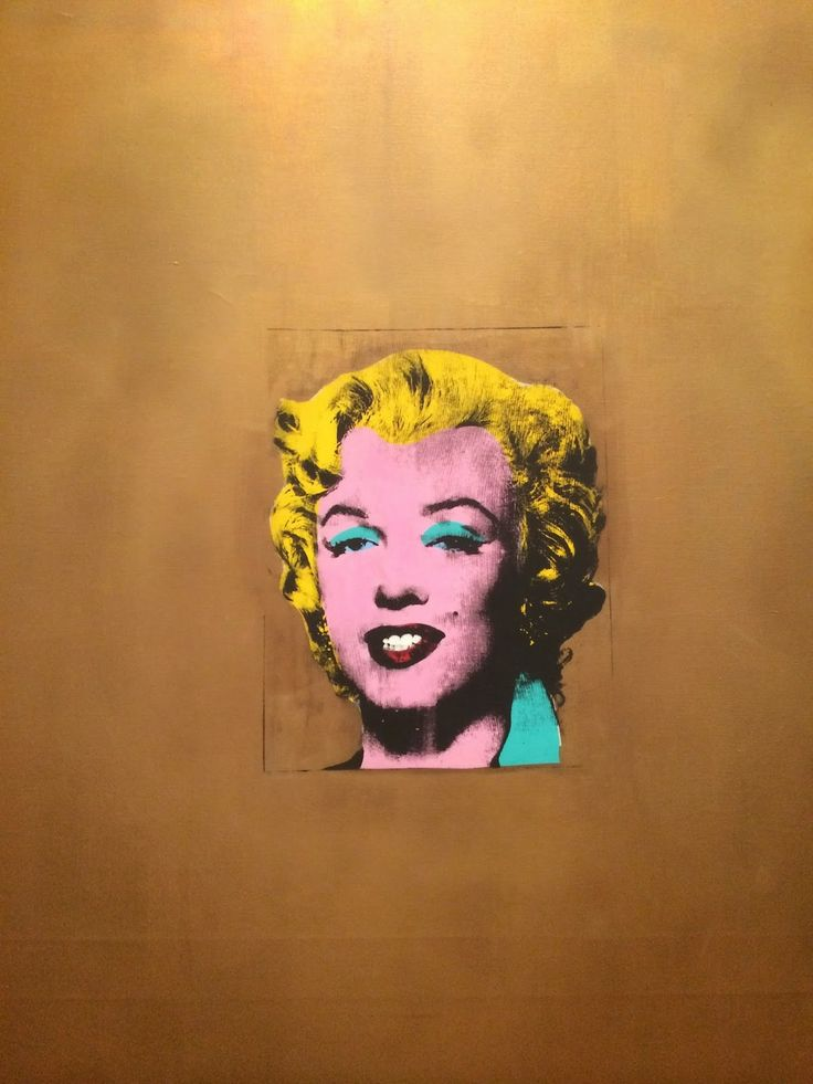Andy Warhol Gold Marilyn Monroe - 1962  MoMA, a must visit in New York
