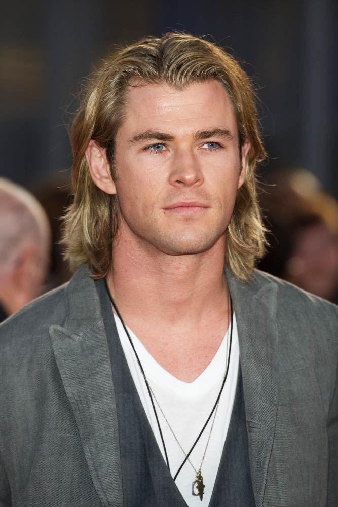 How To Get Chris Hemsworth Thor Ragnarok Haircut Menshaircuts Com Chris Hemsworth Hair Chris Hemsworth Thor Guy Haircuts Long