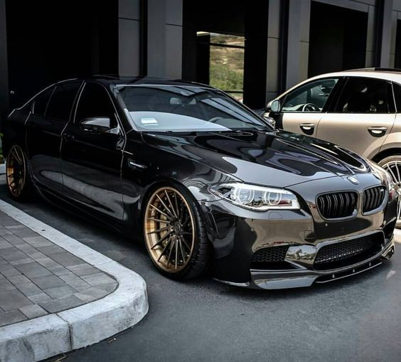 Heres another #dazzlingBMW   Clean & Mean F10 M5 @felixdacat1986    Tag your squad   use #dazzlingBMW to get resposted   via #bmw_poweer #bmw #car #mobil #rodaempat #mobilindonesia #indonesiacars #car #carstagram #carspotting #carsovereverything #carlife #carlifestyle #carphotography #caroftheday #mobilcadas #cargram #cargasm