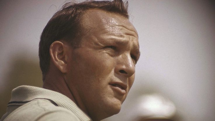 US golfer Arnold Palmer, widely regarded as one of the greatest players in the sport's history, has died at the age of 87.