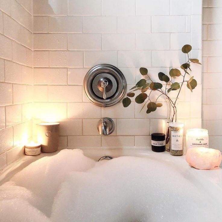 В ванной с пеной картинки