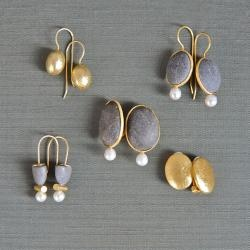 Beautiful natural and minimal earrings by Rena Luxx