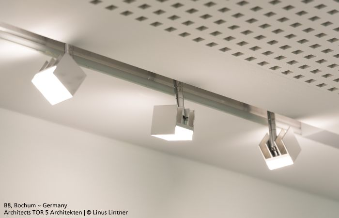 #37cube is a Led spotlight with extremely small dimensions (37x37x37mm) featuring a perfect balance between size and luminous flux, it is adjustable by 358° along the vertical axis and by 90° along the horizontal axis. #design Carlotta de Bevilacqua & Paola Monaco di Arianello.