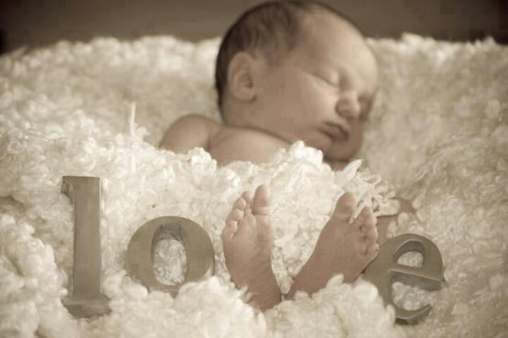 Adorable newborn pic!