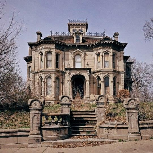 Gorgeous Abandoned Hall Hill Home Saint Joseph Missouri