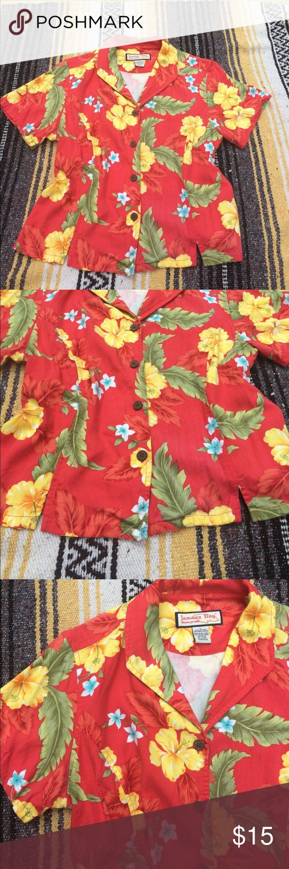 """Vintage Hawaiian Shirt Vintage Jamaica bay Hawaiian shirt. Extremely soft, 100% rayon. Throw it on over your swimsuit for a fun beach look or with a pencil skirt to throw some pineapple at your work look. Its 5 o clock somewhere! Flat measurements ☕️️ bust: 21"""" // length: 20"""" // shoulders: 16"""" // Vintage Tops Button Down Shirts"""