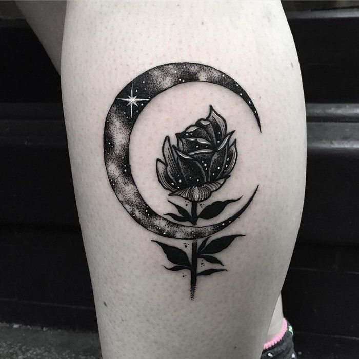17 best ideas about crescent moon tattoos on pinterest moon tatto moon tattoos and luna tattoo. Black Bedroom Furniture Sets. Home Design Ideas