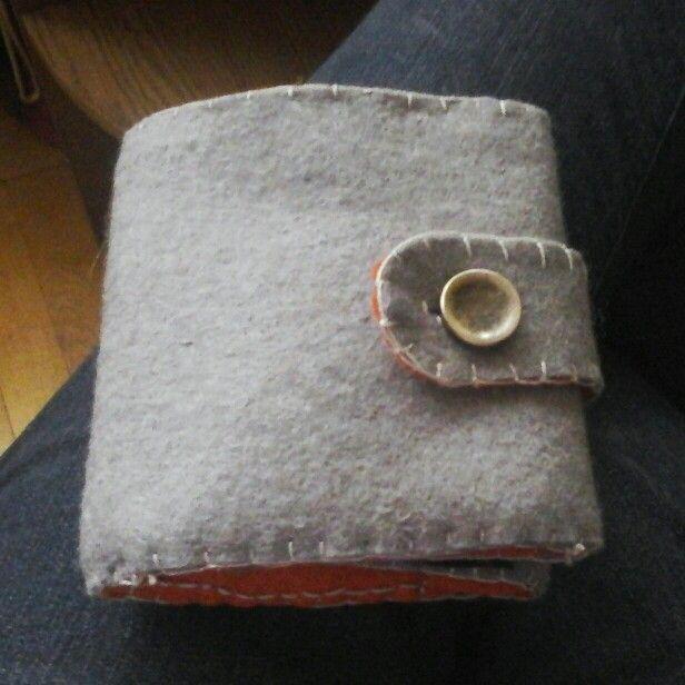 Férjemnek készítettem ezt a pénztárcát karácsonyra.